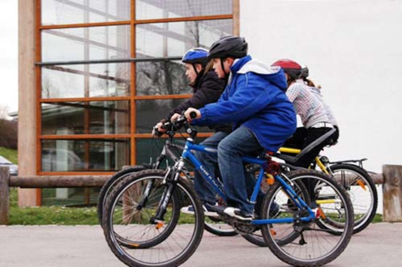Come vestirsi in bici in primavera