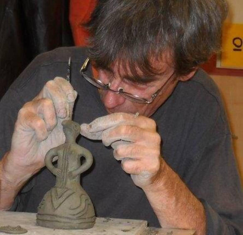 Risultati immagini per stefano panzarasa  ceramica neolitica