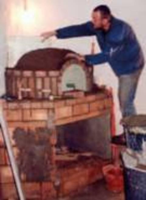 Costruire un forno a legna terra nuova for Forno a legna fai da te economico