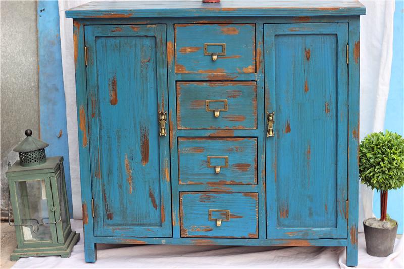 Vecchi mobili ecco cosa fare terra nuova - Ristrutturare mobili vecchi ...