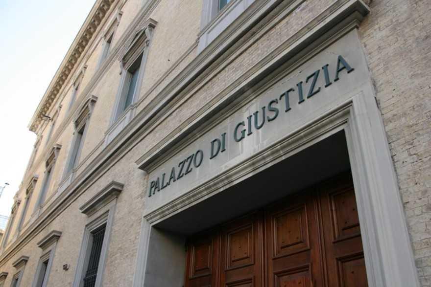 Bimbo Morto A Pesaro Medico A Processo Simo Non E Un Omeopata Terra Nuova